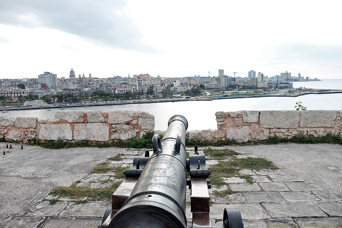 Canon View of Havana from lo Cabaña