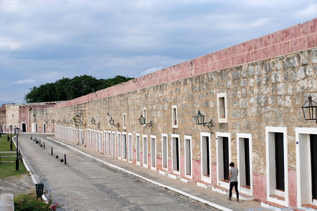 Doors of Fortaleza de la Cabaña