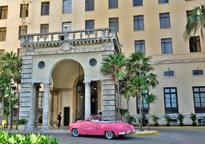 Pink Car - Hotel Nacional