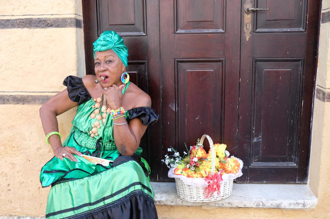 Cigar Lady No 2
